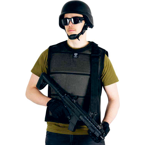 slash resistant vest with pockets
